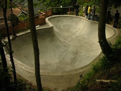 Skate_bowl_1